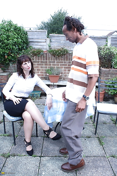 Cheating UK housewife..