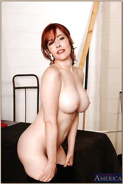 Redheaded MILF Mae Victoria..