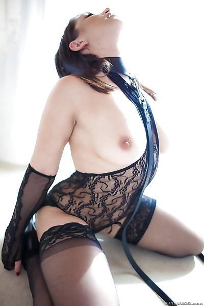 Erotic model Lea Lexis in..