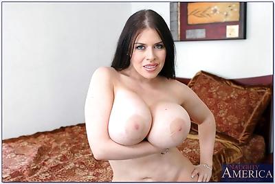 BBW wife Daphne Rosen..